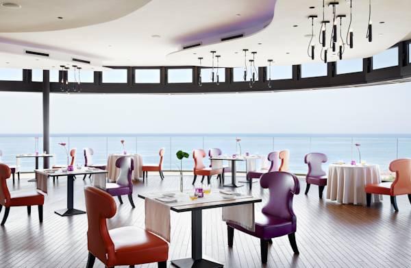bohemia_suites_spa_vista_des_del_restaurant.jpg