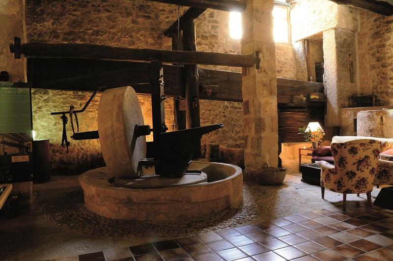 hotel_moli_de_l_hereu_la_pedra_de_moli.jpg