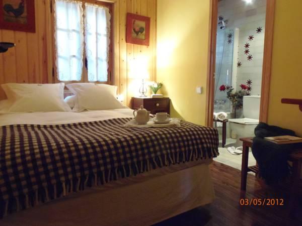hotel_rural_el_xalet_de_taull_habitacio_de_l_hotel.jpg