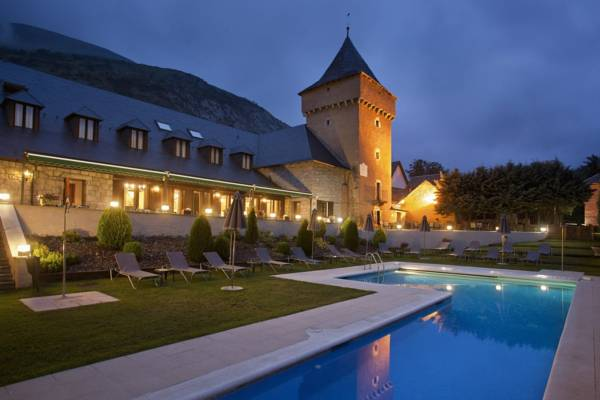 parador_d_arties_exterior_de_l_hotel.jpg
