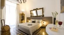 bb_gem_de_luxe_les_habitacions_combinen_a_la_perfeccio_l_arquitetura_classica_amb_un_elegant_mobiliari.jpg