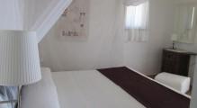 hostal_cala_moli_habitacions_d_inspiracio_eivissenca.jpg
