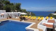 hostal_cala_moli_piscina.jpg